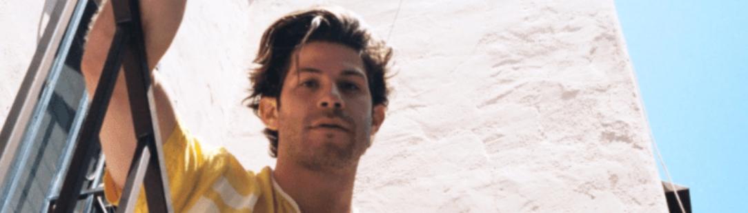 "Carter Reeves Shares Summer Jam ""Grey Area"""