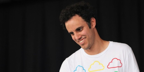 "Four Tet Announces New Album ""Sixteen Oceans"""